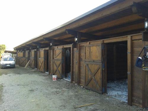 Scuderia cavalli a Paterno